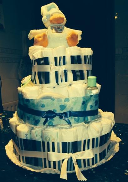 Baby Shower: tarta de pañales
